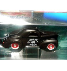 Maisto - Tow & Go - 1941 WIllys Coupe and Traveler Trailer Set