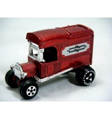 Ertl Replica Series -1913 Model T Ford Van Street Rod
