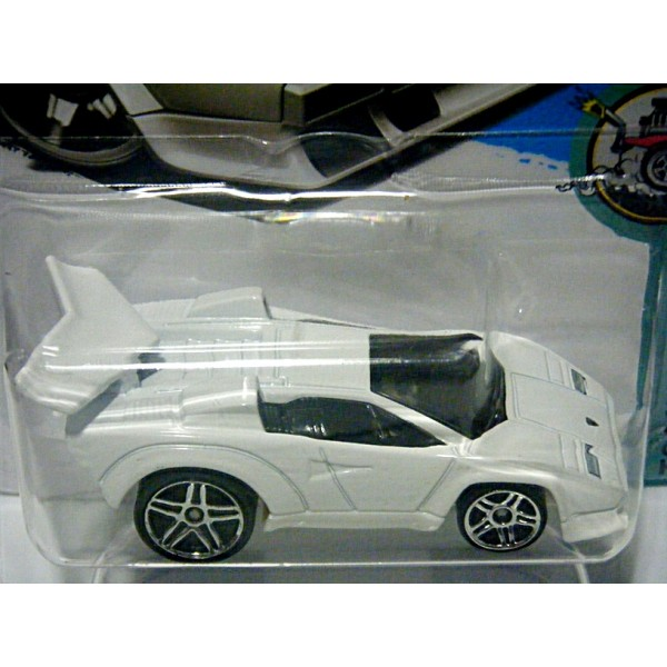 hot wheels lamborghini countach tooned global diecast direct. Black Bedroom Furniture Sets. Home Design Ideas