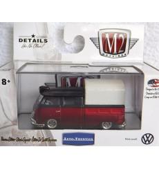 M2 Machines Auto Thentics VW - 1962 VW Microbus Deluxe USA Model