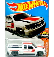 Hot Wheels - Chevy Silverado Pickup Truck