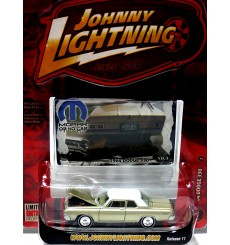 Johnny Lightning - MOPAR or no car - 1964 Dodge 330