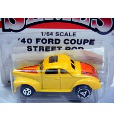Ertl Replica Series - 1940 Ford Coupe