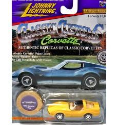 Johnny Lightning - Classic Customs Corvette 1982 Corvette Coupe