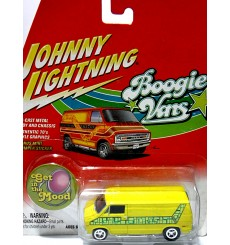 Johnny Lightning 1977 D 150 Dodge Van
