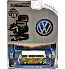 Greenlight - Club V-Dub - 1968 Volkswagen Type 2 Hippy Bus