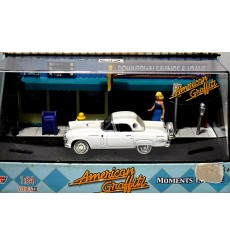 Motor Max American Graffiti 1957 Ford Thunderbird Diorama