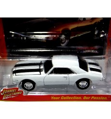 Johnny Lightning Muscle Cars USA - 1967 Chevy Camaro Z28