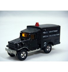 Tomica  - Toyota Type HQ 15V Police Special Weapons Team Truck