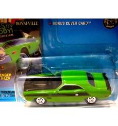 Johnny Lightning High Performance MOPAR Magazine 1970 Dodge Challenger T/A 340 Six Pack