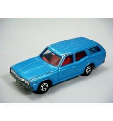 Tomica - Nissan Gloria Van (Station Wagon)