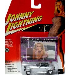 Johnny Lightning VIP - Valerie Irons - Pamela Anderson Plymouth Prowler