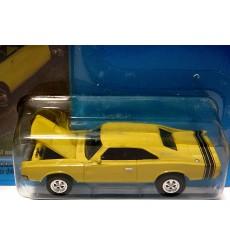 Johnny Lightning High Performance MOPAR Magazine 1968 Dodge Charger R/T