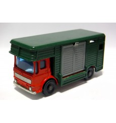Matchbox Regular Wheels - Bedford Horse Box