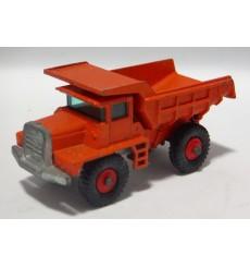 Matchbox (28D-1) Mack Dump Truck