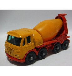 Matchbox Regular Wheels - Foden 8 Wheel Concrete Truck