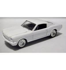 Johnny Lightning Promo - 1966 Ford Mustang Fastback