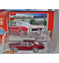 Johnny Lightning 1969 Oldsmobile 442