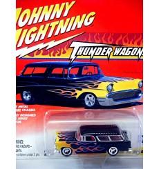 Johnny Lightning Thunder Wagons 1955 Chevrolet Nomad Hot Rod