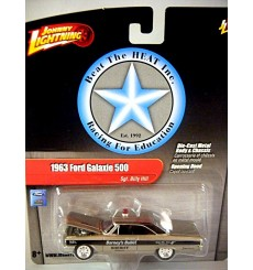 Johnny Lightning 2.0 Beat The Heat - Sgt Billy Hill - Barney's Bullet Mayberry 1963 Ford Galaxie 500 Police Car