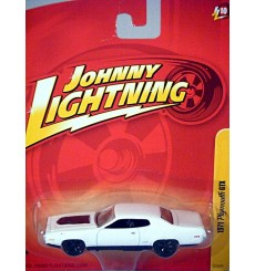 Johnny Lightning Forever 64 1971 Plymouth GTX - MOPAR