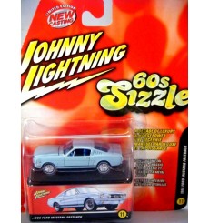 Johnny Lightning 60's Sizzle 1966 Ford Mustang 2+2 Fastback