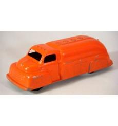 TootsieToy 1949 Ford F6 Oil Tanker Truck