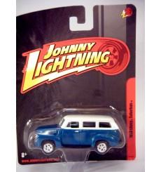 Johnny Lightning Forever 64 1950 Chevrolet Suburban