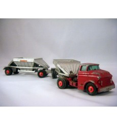 Matchbox Major Packs GMC Tractor and Fruehauf Hooper Train