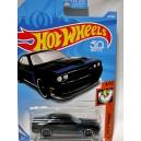 Hot Wheels - Dodge Challenger SRT8