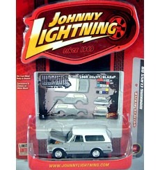 Johnny Lightning Working Class 1969 Chevrolet Blazer