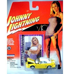 Johnny Lightning Pamela Anderson VIP - Ford Mustang Convertible - Top Up