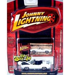 Johnny Lightning 60's Sizzle 1969 Pontiac Firebird Trans Am Convertible