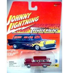 Johnny Lightning Thunder Wagons - 1957 Chevrolet Nomad