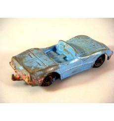 Global Diecast Junkyard - Tootsietoy Midgets Chevrolet Corvette C3 Convertible