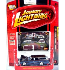 Johnny Lightning 13 Customs 1973 Chevrolet Caprice Station Wagon