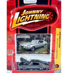 Johnny Lightning Muscle Cars Series - 1968 Hurst Olds 442