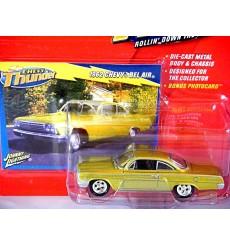 Johnny Lightning 1962 Chevrolet Bel Air Bubbletop