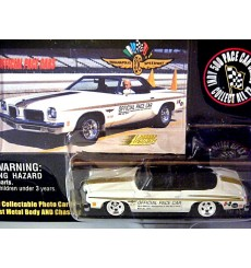 Johnny Lightning Official Pace Cars - 1972 Hurst Oldsmobile 442 Convertible
