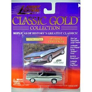 Johnny Lightning 1971 Dodge Challenger Convertible