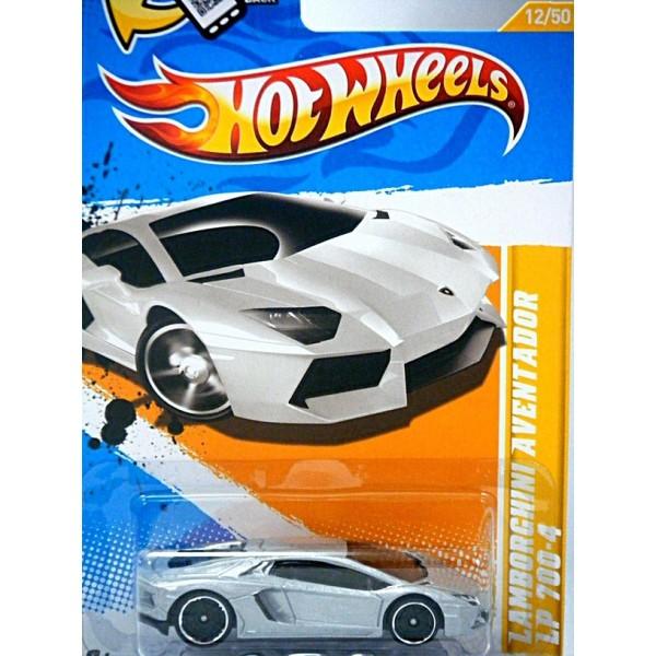 Hot Wheels Lamborghini Aventador Global Diecast Direct