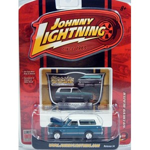 Johnny Lightning Classic Gold - 1969 Chevrolet Blazer