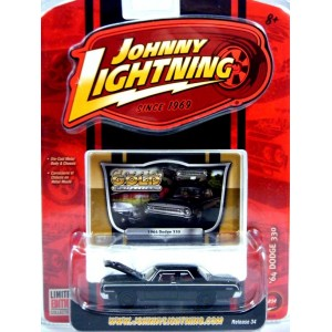 Johnny Lightning Classic Gold - 1964 Dodge 330