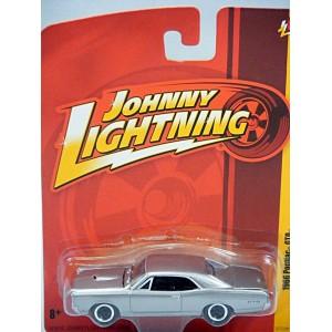 Johnny Lightning - 1967 Pontiac GTO