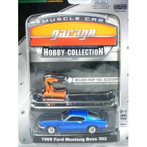 Greenlight Muscle Car Garage Hobby Collection - 1969 Ford Mustang Boss 302