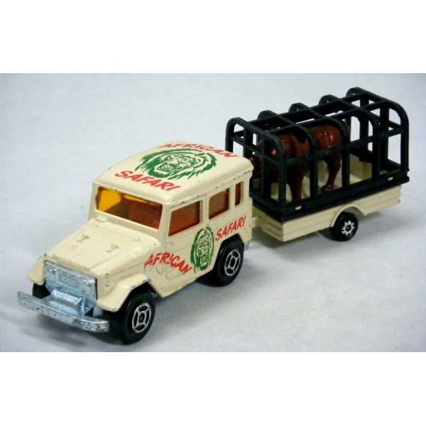 Majorette - Toyota Land Cruiser Safari w/ Lions Cage Trailer - Global Diecast Direct