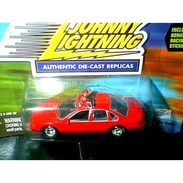 Johnny Lightning Lightning Speed Chevrolet Caprice Fire Chief Car