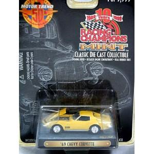 Racing Champions Mint Series - 1970 Chevrolet Corvette Coupe