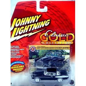 Johnny Lightning Classic Gold - 1957 Studebaker Golden Hawk