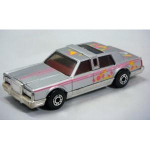 Matchbox Dream Machines - Lincoln Town Car